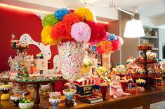 Resultados da Pesquisa de imagens do Google para http://cantinhodaclaudia.files.wordpress.com/2011/10/festa-aniversario-infantil-circo-decoracao-bossa-nova-05.jpg