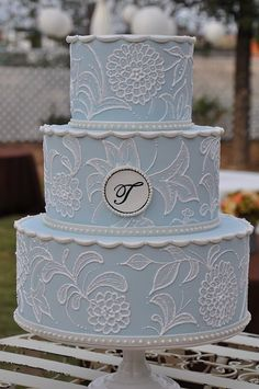 #Blue Wedding Cake ... Wedding ideas for brides, grooms, parents & planners ... https://itunes.apple.com/us/app/the-gold-wedding-planner/id498112599?ls=1=8 … plus how to organise an entire wedding, without overspending ♥ The Gold Wedding Planner iPhone App ♥