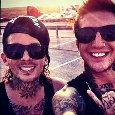 mike and austin! <3 i am having a heart attack goddamn it