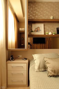 home and decoration Home Bedroom, Bedroom Decor, Bedrooms, Cool Apartments, Decoration Design, Decorating Small Spaces, Interiores Design, Sweet Home, New Homes