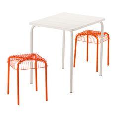 IKEA - VÄDDÖ / VÄSTERÖN, Ulkokalustesetti (pöytä/2 jakkaraa), valkoinen/oranssi,