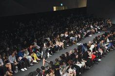 2017 Seoul Fashion Week streamed live