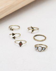 Set de anillos piedra minimal. Descubre ésta y muchas otras prendas en Bershka con nuevos productos cada semana