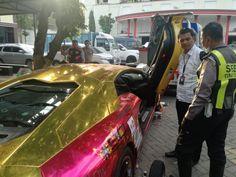 Polisi Akan Periksa Pemilik Lamborghini Yang Terbakar Di Surabaya Lamborghini Polisi Mobil Sport
