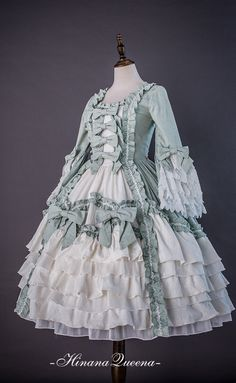 Hinana -Rococo- Vintage Classic Lolita OP Dress (Preorder - 9 Colors Available) Source by ribboney dress classic Old Fashion Dresses, Old Dresses, Vintage Dresses, Fashion Outfits, Vintage Hats, Dress Fashion, Vintage Outfits, Kawaii Fashion, Lolita Fashion