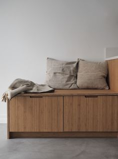 Since early fall I've been so lucky to be working with Kine and Kristoffer on their new Oslo studio. For those of you who isn't familiar with Ask og Eng, let me tell you their story. Kitchen Doors, Ikea Kitchen, Kitchen Interior, Studio U, Amber Interiors, Desert Homes, Quality Kitchens, First Apartment, Oslo