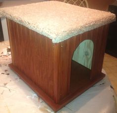 NEW  Cat House / Bed