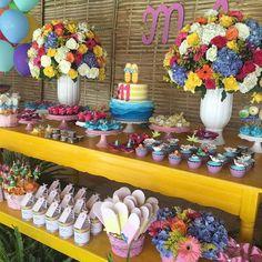 Dia de comemorar os 11 anos da Tonton, filha da cliente super especial @silviabraz e a nossa Papelaria Personalizada não poderia ficar de fora. ♥♥♥ #vivacriacoes #poolparty #festadossonhos #festapoolparty #festatop #festameninas #detalhes #guloseimaspersonalizadas