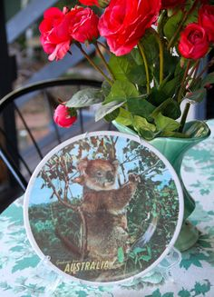 Hey, I found this really awesome Etsy listing at https://www.etsy.com/listing/224497108/vintage-1960s-souvenir-plate-koala