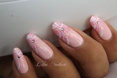 Lilot nail art
