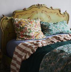 Linen Bedroom, Bedroom Decor, Grown Up Bedroom, Forest Bedroom, Messy Bed, Cottage Interiors, White Cottage, New Beds, Little Girl Rooms