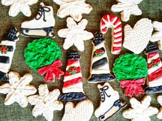 Christmas. The only day of the year that it's socially acceptable to eat cookies for breakfast!  Instagram: pennsylvaniaprep97 #prep #preppy #prepster #preppylife #preppystyle #classy #ivystyle #ivyleague #christmas #cookies #art #christmascookies #blog #photo #pic #
