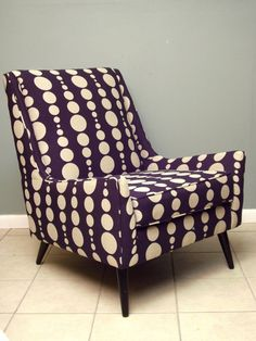 this chair! this color! love!