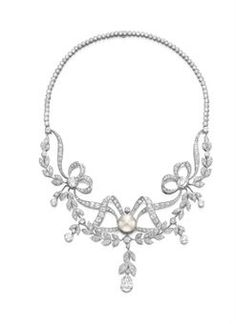 A BELLE EPOQUE DIAMOND AND PEARL NECKLACE