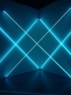 françois morellet x dynamo Stage Lighting, Neon Lighting, Lighting Design, Futuristic Lighting, Club Lighting, Grand Palais Paris, Fond Design, Neon Bleu, Light Art Installation