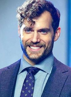 Henry Cavill so cute and sexy and adorable and charming and and oh god i dont have words to describe him All beauty pics now thanks my dear Superman Cavill, Henry Superman, Superman Baby, Henry Caville, Love Henry, Most Beautiful Man, Gorgeous Men, Henry Cavill Justice League, Henry Williams