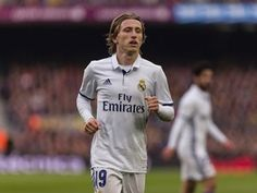 "Luka Modric hoping to ""console"" Ivan Rakitic after El Clasico #El_Clasico #Real_Madrid #Barcelona #Football #296601"