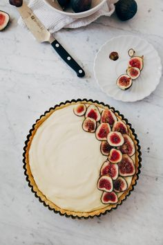 A recipe for a fresh fig and lemon cream tart by Hummingbird High, adapted from Tartine Bakery and Paule Caillat.