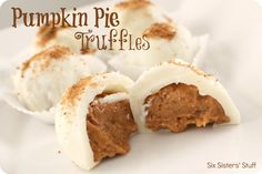 Pumpkin Pie Truffles- all the goodness of pumpkin pie in one little bite! SixSistersStuff.com #dessert #pumpkin