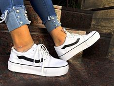 Outstanding Cool Girl Sneakers to Buy Right Now – recipesideas. Sock Shoes, Vans Shoes, Cute Shoes, Me Too Shoes, Shoe Boots, Shoes Sneakers, Shoes Heels, Dream Shoes, Crazy Shoes