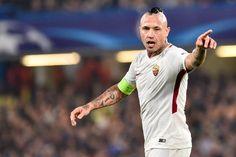 Over twee weken maakt bondscoach Roberto Martinez opnieuw zijn selectie bekend, voor de oefeninterlands tegen Mexico en Japan. De (naïeve?) hamvraag blijft...
