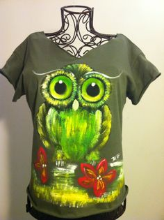 T-shirt painted-I could probably do this!
