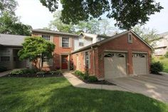 7563 Greenarbor Dr  Anderson Twp. OH 45255 (Condominium)  REDUCED to only $109,900.