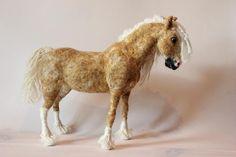 Needle felted horse. Handmade. Miniature soft sculpture