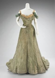 """the-met-art: """" Ball gown by Jacques Doucet, Costume Institute Medium: silk, metal Brooklyn Museum Costume Collection at The Metropolitan Museum of Art, Gift of the Brooklyn Museum, Gift of Mrs. Vintage Gowns, Vintage Mode, Vintage Outfits, Antique Clothing, Historical Clothing, Edwardian Fashion, Vintage Fashion, Edwardian Dress, Classy Fashion"""