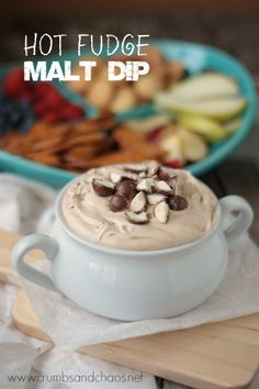 Hot Fudge Malt Dip - Recipes for Malted Milk Lovers Sweet Desserts, Sweet Recipes, Delicious Desserts, Yummy Food, Tasty, Dessert Dips, Dessert Recipes, Dip Recipes, Baking Recipes