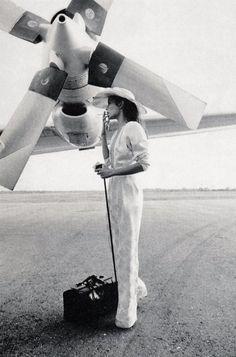 Bianca Jagger | tarmac | airport | stylish | plane | engine | travel | travelling | smoking | www.republicofyou.com.au