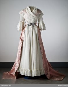 Trained Open Robe, ca. late 18th century