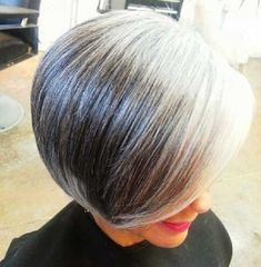 Short Hair Cuts For Older Women - Hair Styles 2019 Grey Hair Old, Grey Hair Don't Care, Silver Grey Hair, Short Hairstyles For Women, Hairstyles Haircuts, Short Hair Cuts, Short Hair Styles, Frauen Mittleren Alters, Gray Hair Growing Out