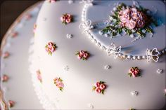 Mother's day-inspired cake with delicate royal icing detail crafted by sugar artist Donatella Semalo....