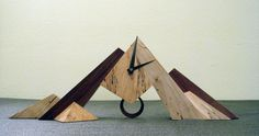 amazing clock design #KBHomes