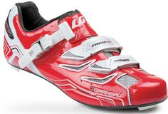 the 'carbon pro team' cycling shoe by louis garneau.