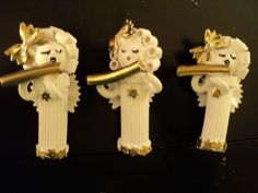 I went one step further with my pasta angel ornaments and turned them into flute player pasta angels, like me! I also made cellists and singers holding music. Christmas Arts And Crafts, Christmas Ornament Crafts, Christmas Angels, Christmas Projects, Holiday Crafts, Christmas Decorations, July Crafts, Birthday Decorations, Christmas Tree