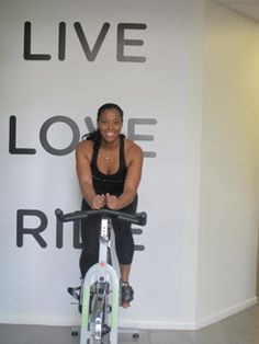 5 Beginner Spin Class Tips So You Look Like a Pro...Fuel, Engage Abs, Keep Feet Flat/Knees Straight, Shoulders Relaxed