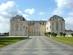 Palácio de Augustusburg – Wikipédia, a enciclopédia livre maior coleção de motos da Europa