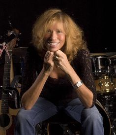 If you like Carly Simon...  Check out the full article on New York Times... CLICK BELOW.