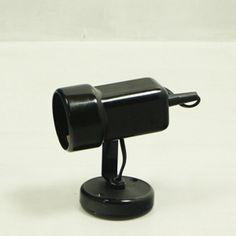 http://www.vinto.nl/winkel/alle-producten/zwart-spotje-wandlampje/