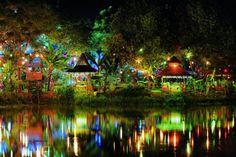 Local restaurants on island of Monywa | © David Heath