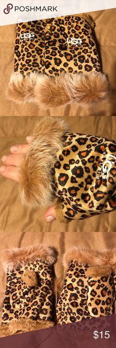 Ugg fingerless furry gloves Leopard print UGG Accessories Gloves & Mittens