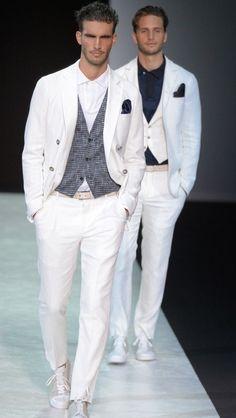 Giorgio Armani www.luxuryandvintagemadrid.com