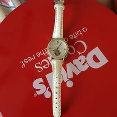 wrist watch bcbg maxazria..automatic watch..no need for battery and atill has its plastic sealed on the face of the watch..no box used but good condition BCBGMaxAzria Other