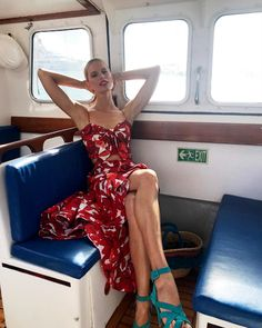 THE STATEMENT RED MOOD #JOWoman @karolinakurkova wearing the 'Calico Roses' top and the 'Mercedes' skirt from the Resort 2018.