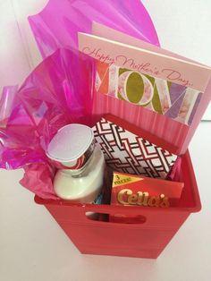 Bath & Body Works Lotion Beautiful DayJewelry Gift Basket Mothers Day #BathBodyWorks