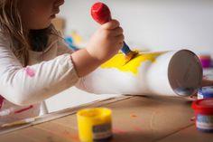 4 Juguetes DIY Montessori para tu peque - Tigriteando Color Montessori, Diy Montessori, Education, Ideas, Montessori Baby, Montessori Activities, Infant Activities, Activities For Kids, Glue Guns