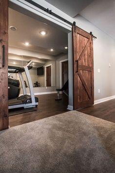 40 Fabulous Diy Basement Design Ideas With Minimalist Renovation Home Gym Basement, Basement Living Rooms, Basement Remodel Diy, Gym Room At Home, Modern Basement, Basement Makeover, Basement Flooring, Basement Remodeling, Basement Plans