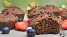 Szafi Free karobos gluténmentes VEGÁN mufifn Muffin, Sweets, Breakfast, Food, Morning Coffee, Gummi Candy, Candy, Essen, Muffins